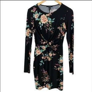 2/$20🌼 Forever 21 Long Sleeve Black Floral Dress